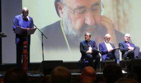Un dirigeant apporte une voix distinctement Adventiste à une rencontre Chrétienne internationale