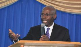 En Jamaïque, les Adventistes invités à se concentrer sur la mission de l'Église en dépit des distractions